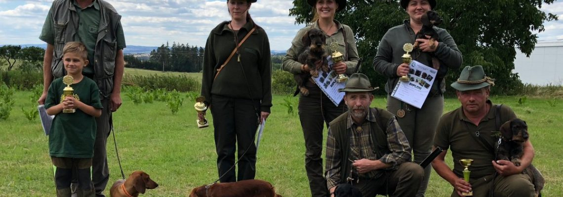 Barvářské zkoušky ostatních plemen se zadáváním titulů CACT pro jezevčíky _ 2018-07-01